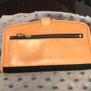 Dooney & Bourke Bags - Vintage Dooney & Bourke Wallet